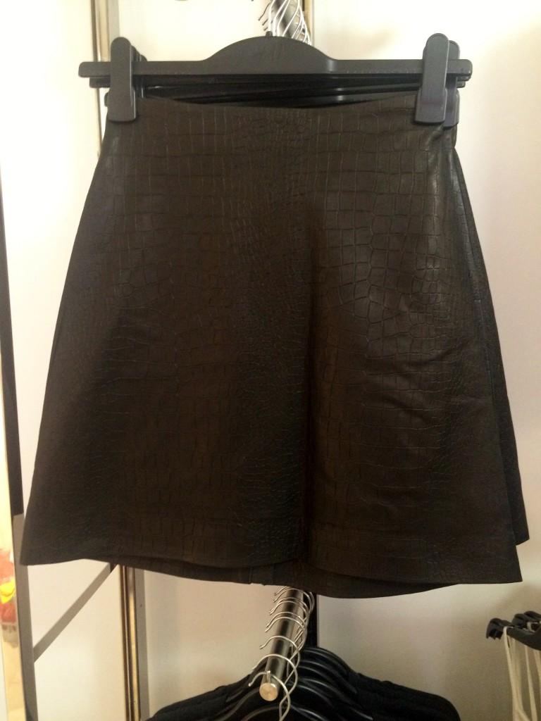 h&m pleather skirt