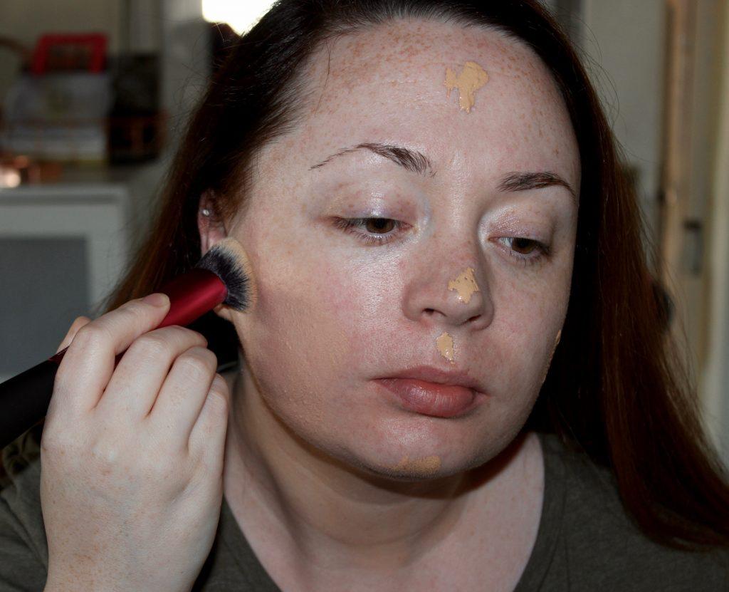 irish makeup and beauty blogger