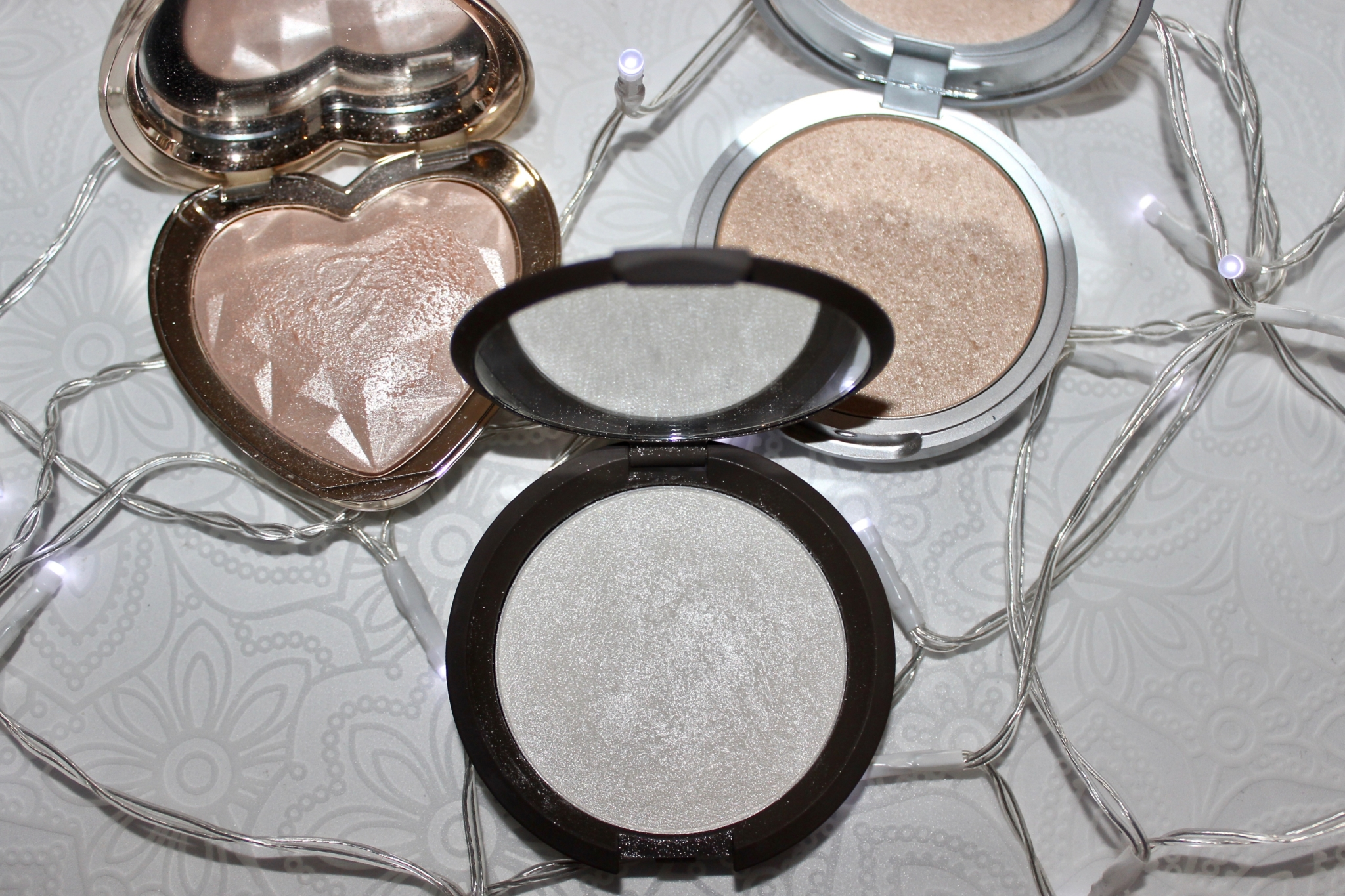 most used powder highlighters