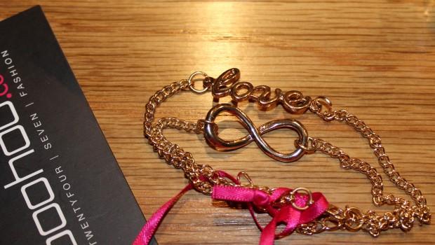 Bohoo braceletes