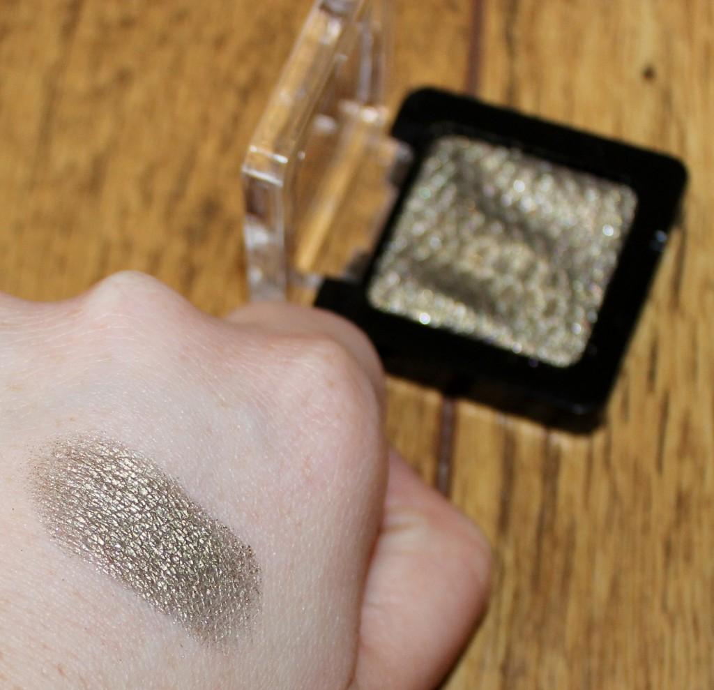 liquid metal eyeshadow gold leaf me swatch