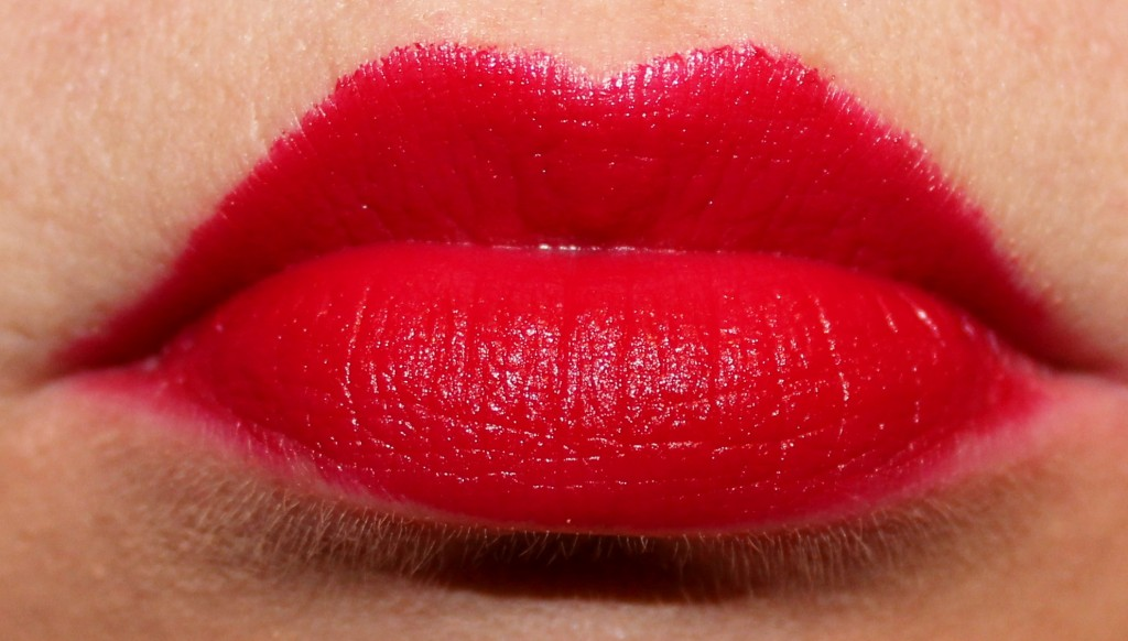 Wet n Wild Megalast Lipstick Cherry Picking