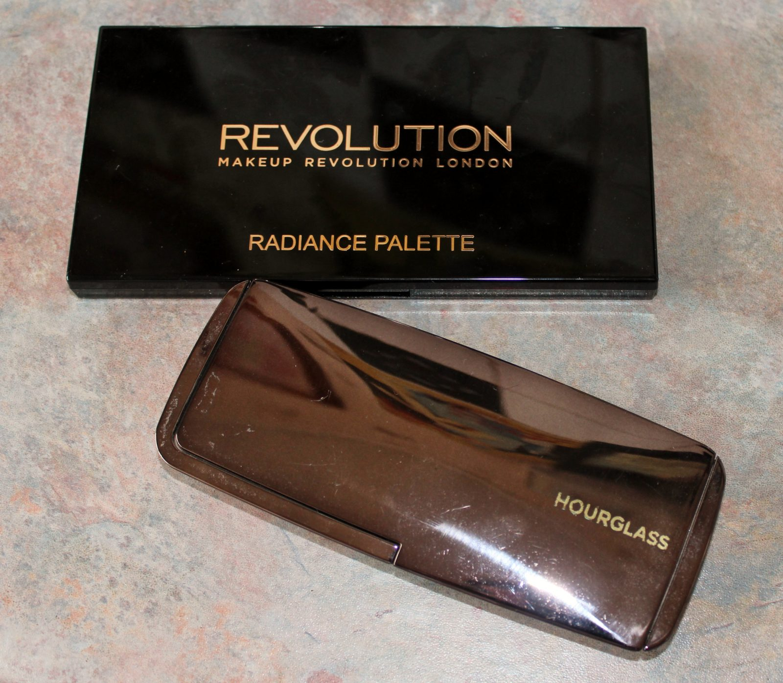 Makeup Revolution Radiance Palette V Hourglass Ambient Lighting Palette
