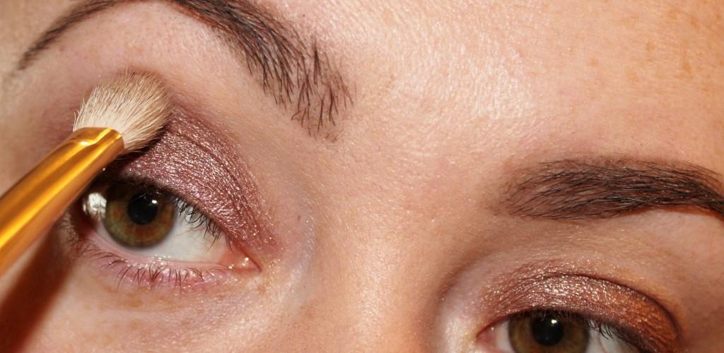 easy purple eyeshadow look
