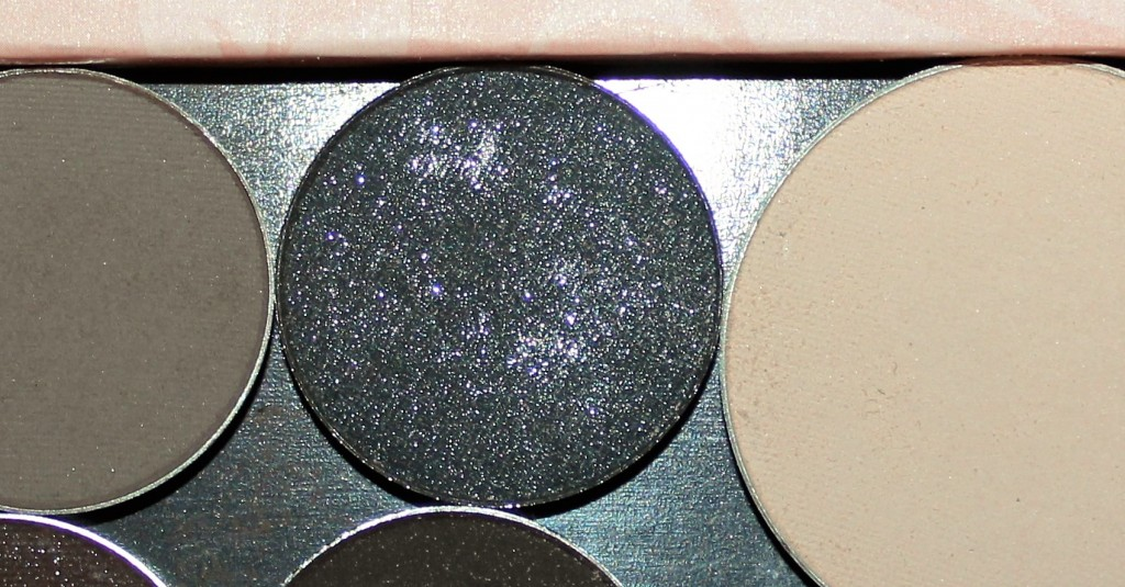 fuschia eyeshadow pan