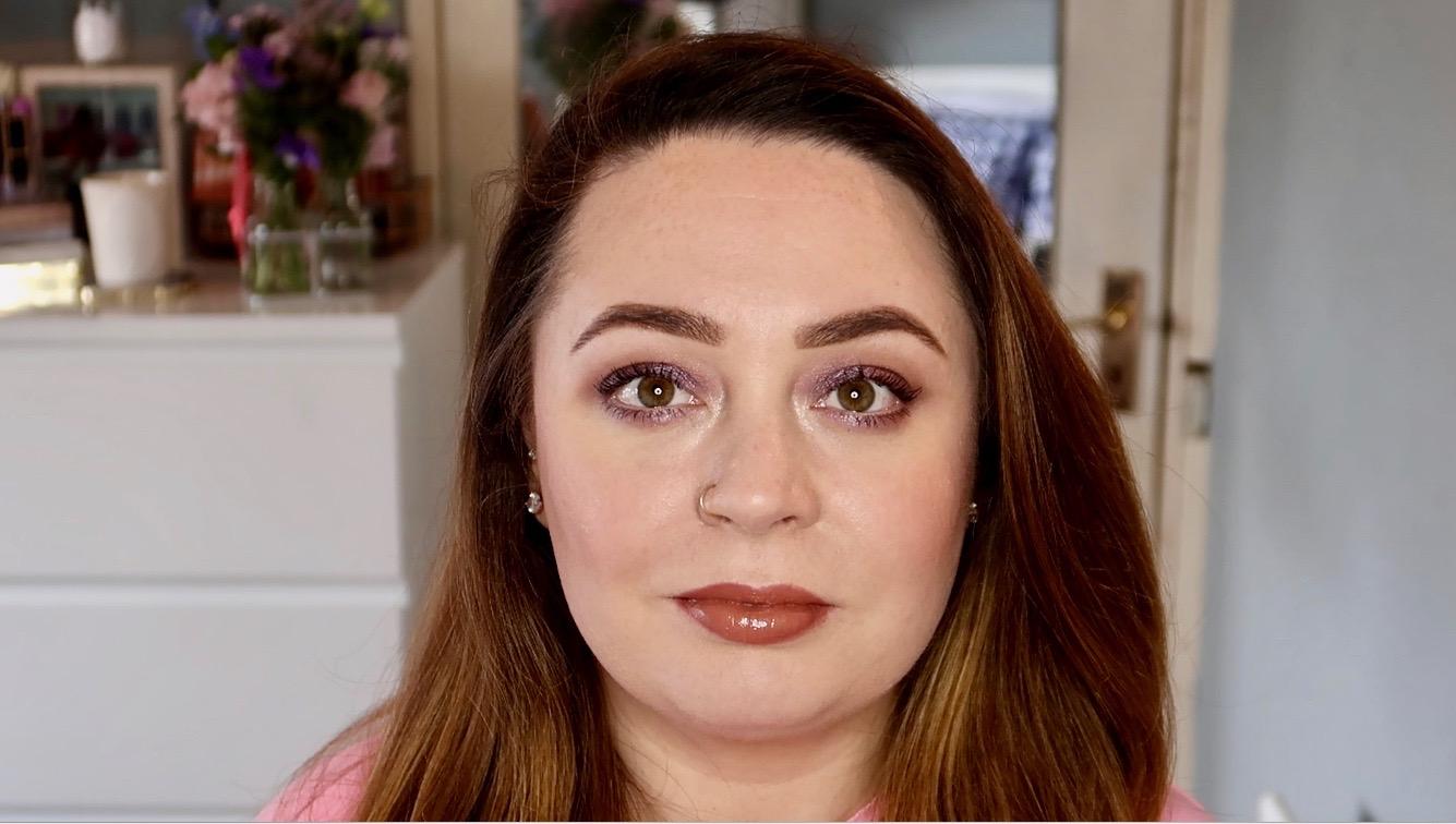 fuller lips makeup hack